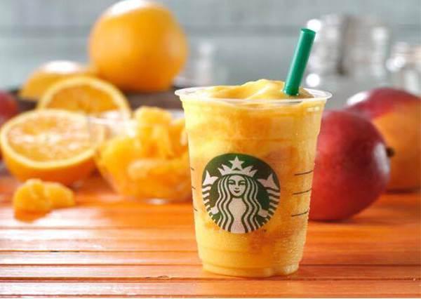 喝的到果肉的「芒果香橙冰星樂」你喝過嗎?吃貨一定還會點這款隱藏版三明治搭著吃