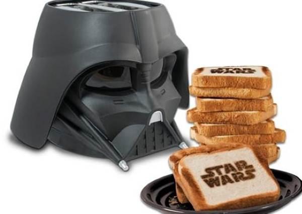 讓男友更有動力幫你做早餐?直接遞上帥氣破表的黑白雙色「星際大戰吐司機」!
