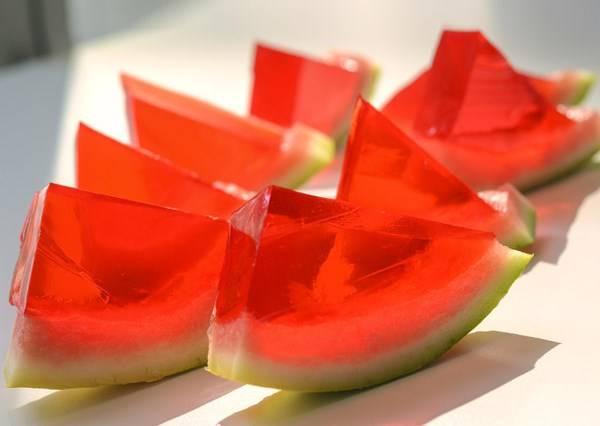 比西瓜吐司更吸睛的西瓜果凍,不用排隊自己在家就能簡單DIY!