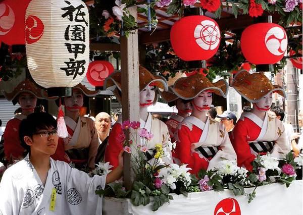 畢生一定要去一次! 想體驗濃厚的風俗民情絕對要參加的四個祭典!