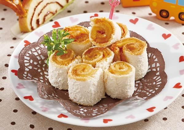 不用烤箱的早餐! 5種材料輕鬆搞定「焦糖蘋果吐司」
