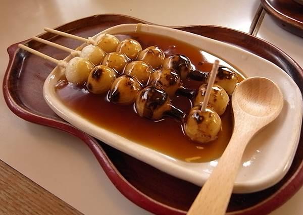 """伴手禮自己做更有心!TOP8京都手做體驗景點,想做""""櫻花造型和菓子""""就去第二間"""