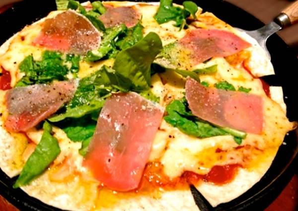 披薩現做只要三分鐘!日本節目大推的「窯烤披薩機」,竟然還能做出西班牙燉飯?!