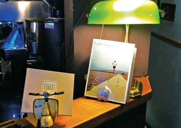 坐窗邊喝拿鐵最能激發靈感?!讓創意大爆發的北部咖啡廳特搜
