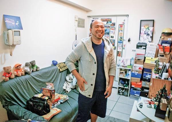 34歲零存款,他說:「一個地震就垮了,存錢幹嘛?」