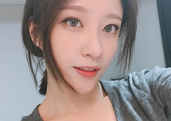 """想要有""""份量感""""的睫毛,你可以這樣刷!揭曉日本女生最常用的4步驟,絕對根根分明!"""