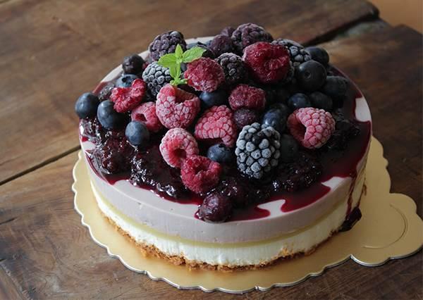 在家就能做的簡易版食譜!滿滿少女心的「玫果檸檬漸層慕斯蛋糕」,酸甜剛剛好