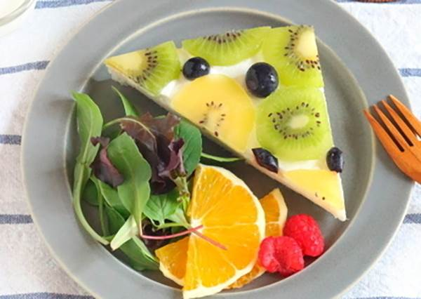 可愛又簡單◎就用單片水果三明治~享受優雅的早餐時光♡
