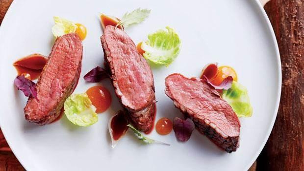 柴燒鴨胸肉  粗爌中有清雅