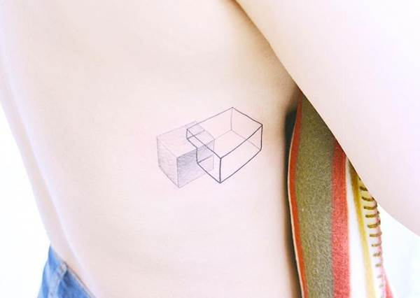 簡單的圓點點就好有個性!TOP8文青感「幾何微刺青」,刺後不知道還以為你是設計系?