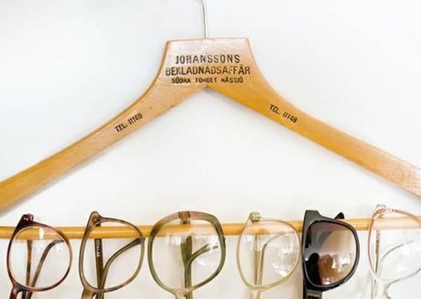 收納兼擺飾!善用《衣架》就能簡單佈置時尚房間