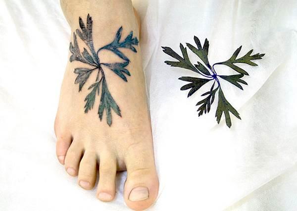 楓葉、含羞草超多選擇!超立體「植物刺青」,尤其第一張超逼真又可以很性感!