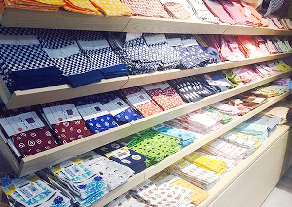 """日本大創的新品牌?從生活用品到文具全都有,""""低價高質感""""比原本更好買了!"""