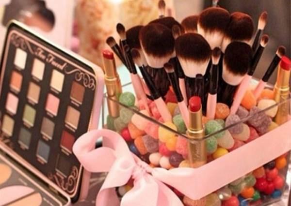 讓女孩子變得更加可愛的好夥伴,美容美髮用品的收納方法