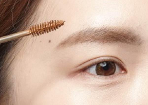 「太妍眉型」在韓國是熱搜第一名?達人教你《聽得見嗎》MV妝感,一次就學會!